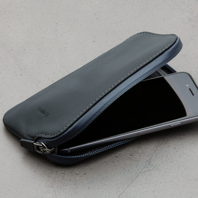 bellroy-elements-phone-pocket-i6-black-4
